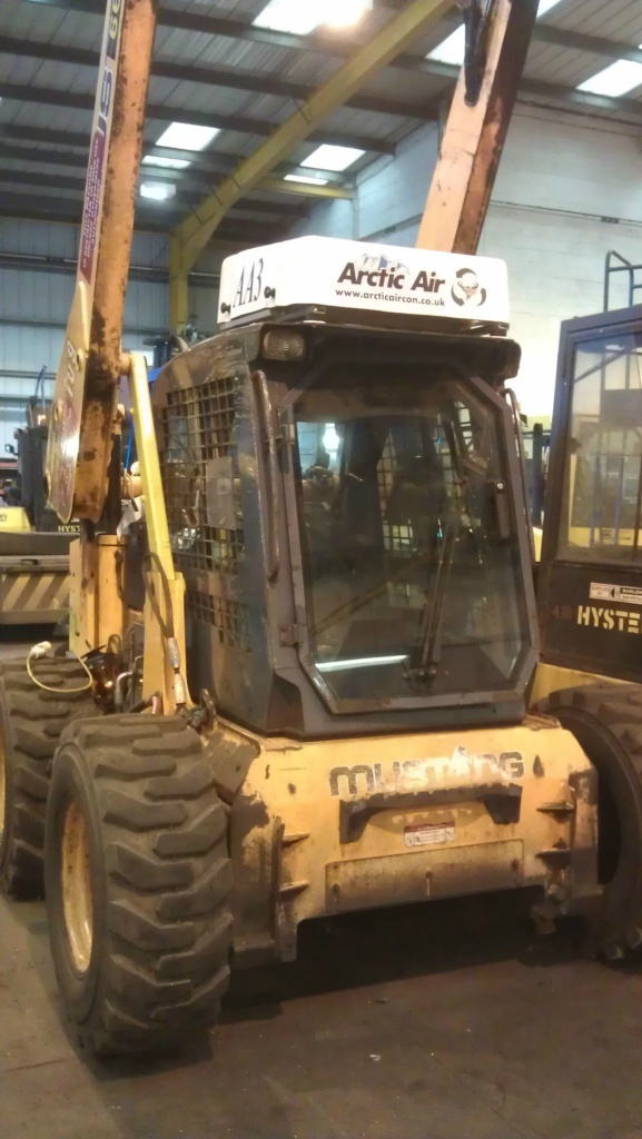 Arctic Air AA3  cab pressurizer  fitted to Mustang loader