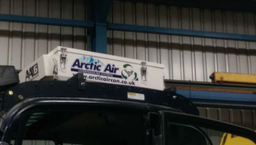 AA6 Arctic Air overpressure system fitted to JCB JS200W
